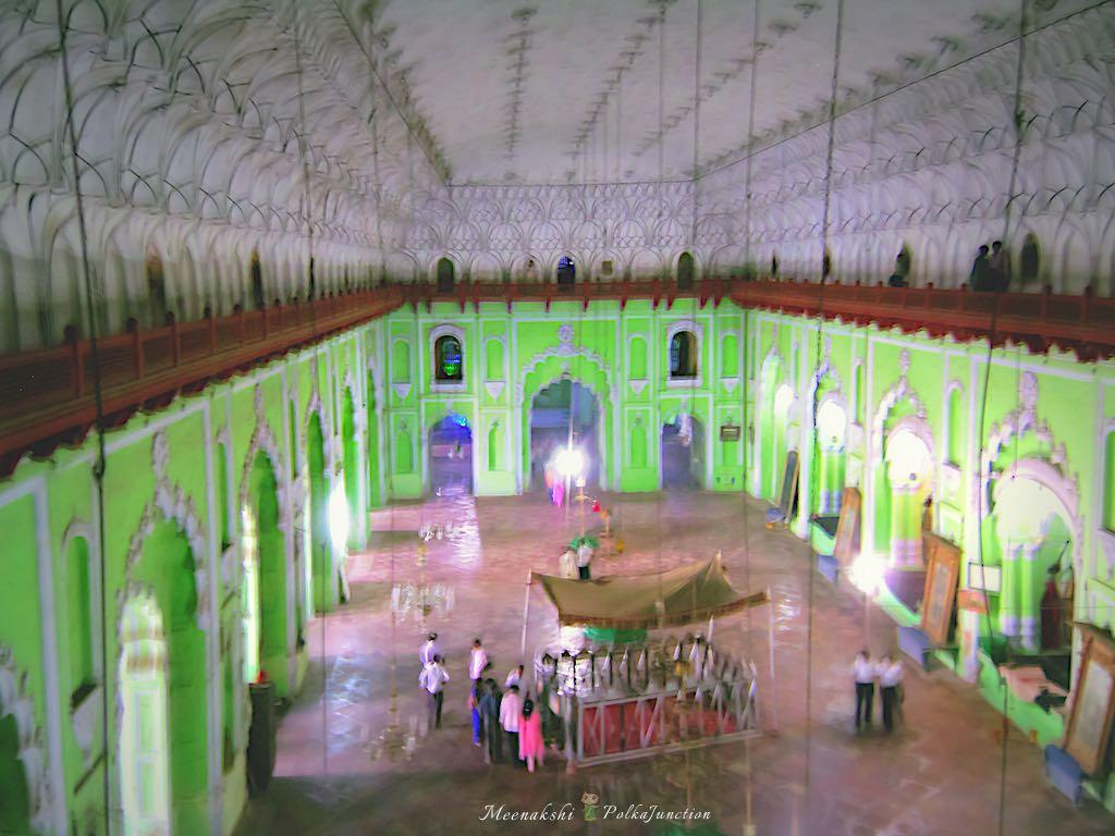 Lucknow-bada-imambara-hall