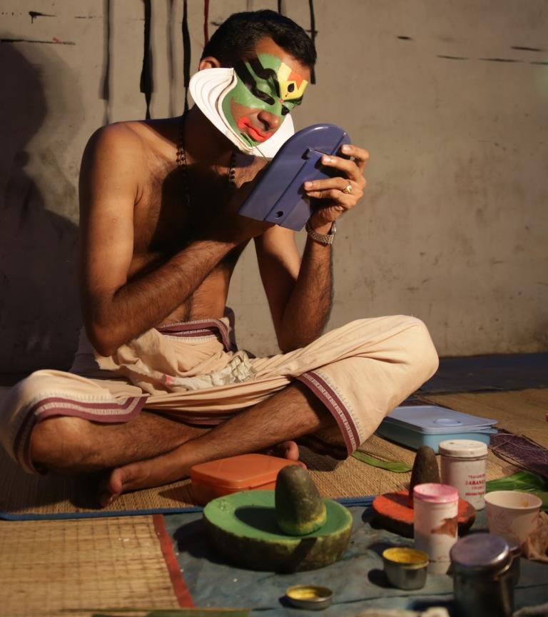 Kathakali make-up polkajunction travel blog