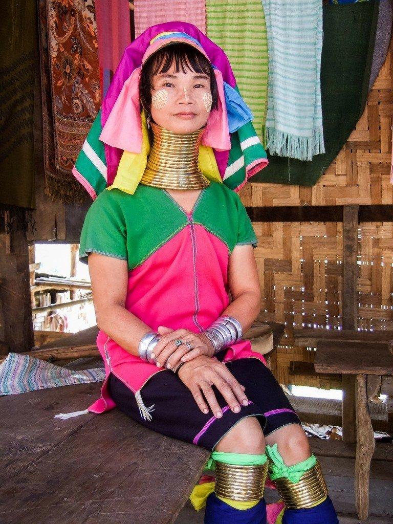 Long-Neck-Karen-Tribes-Chiang Mai