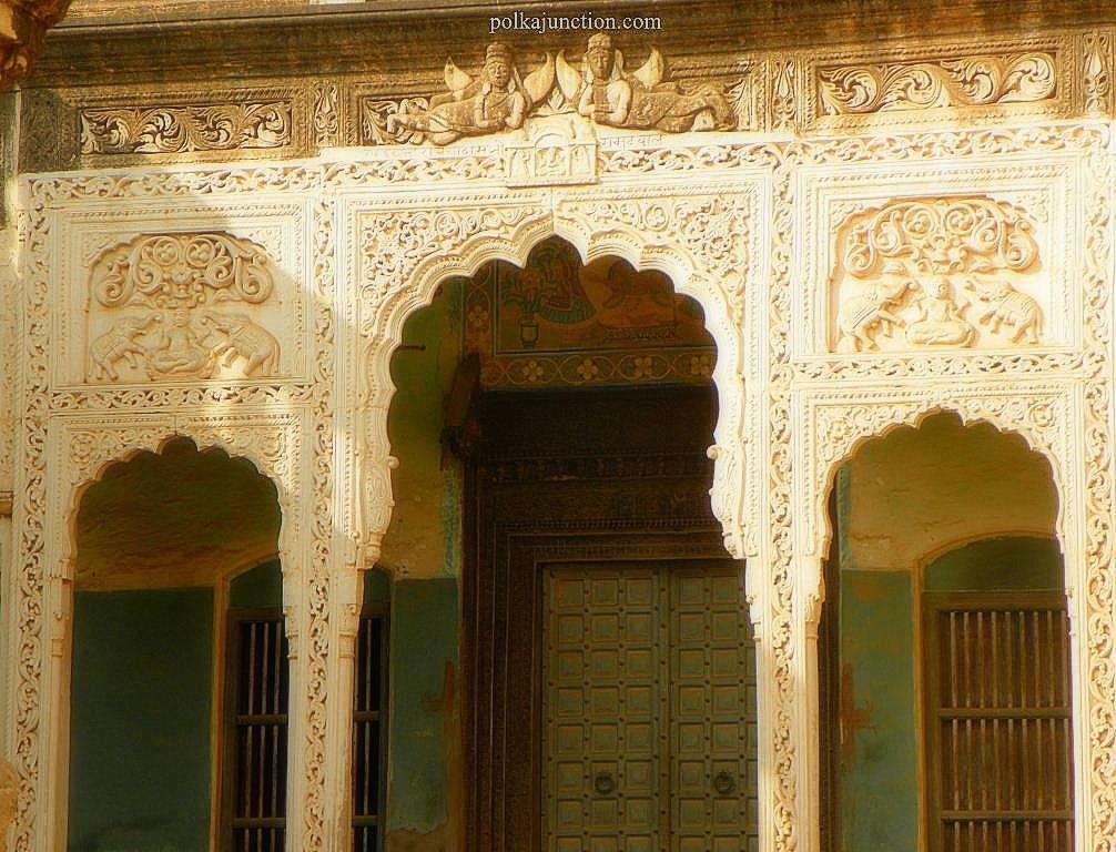 kajra stucco work shekhwati doors