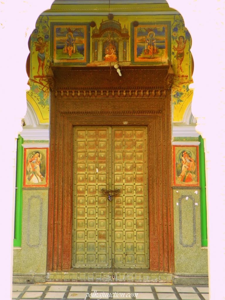 haveli doors