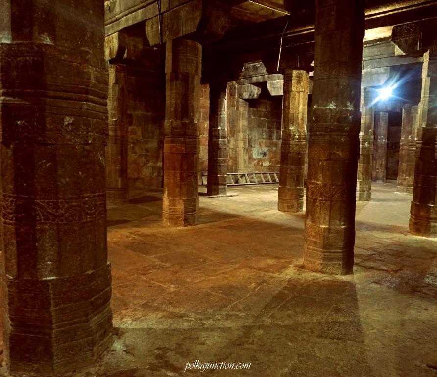 Ardhamandapam-Darasuram