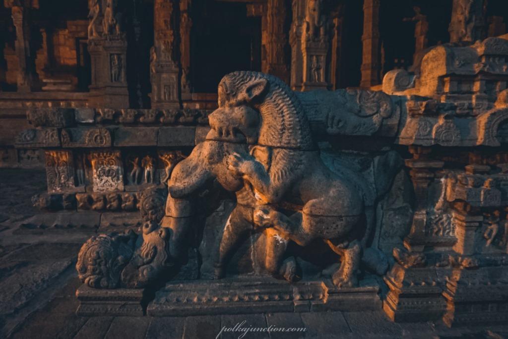 Airavateswarar-temple-Darasuram