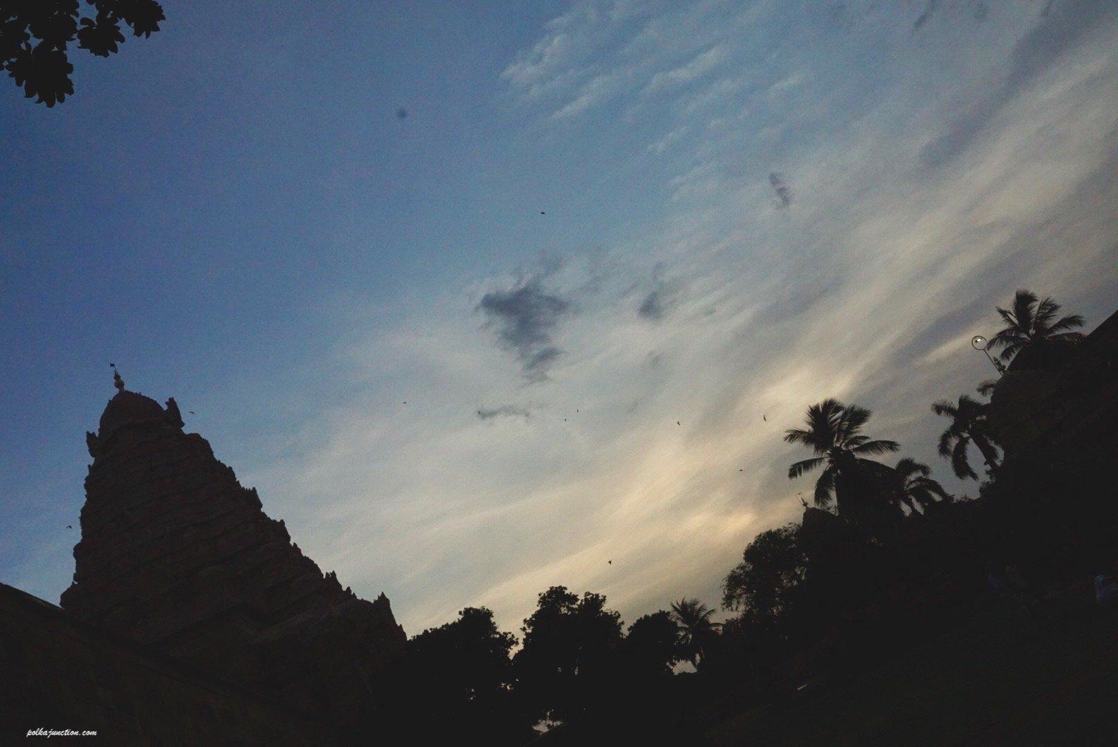 sunset at Brihadeeswarar temple at Gangaikondacholapuram