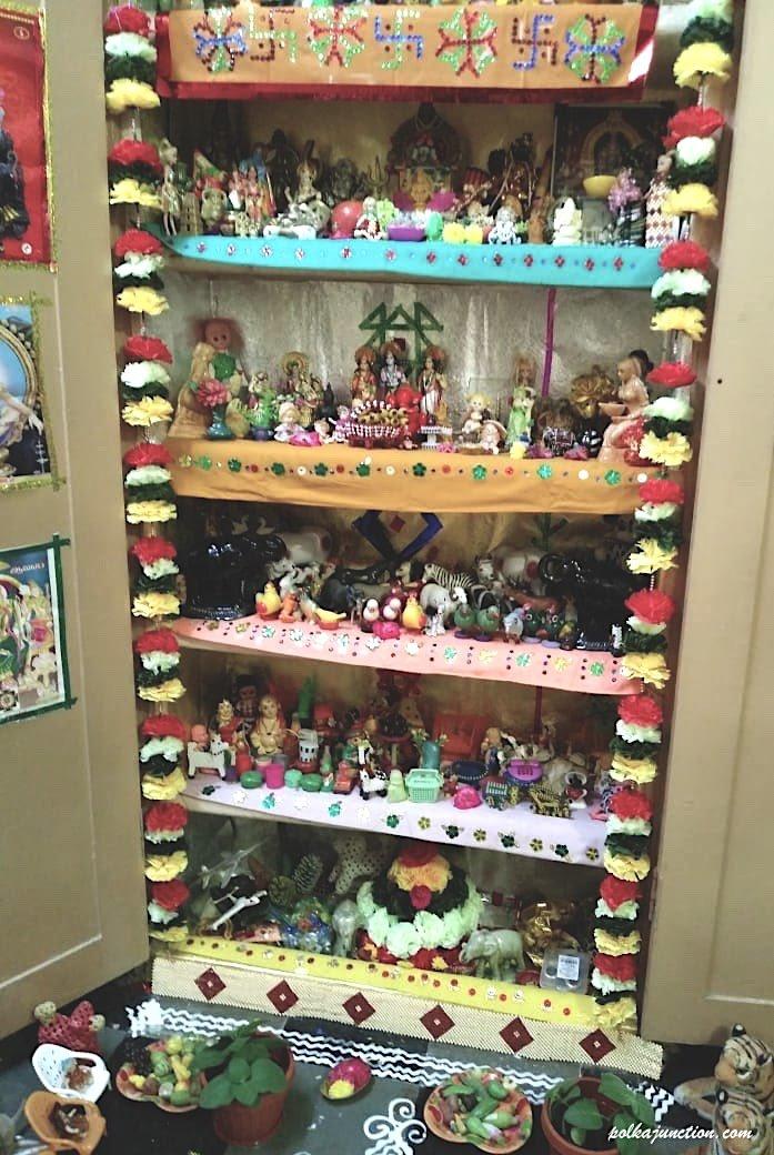 Navratri Golu Pandigai dolls