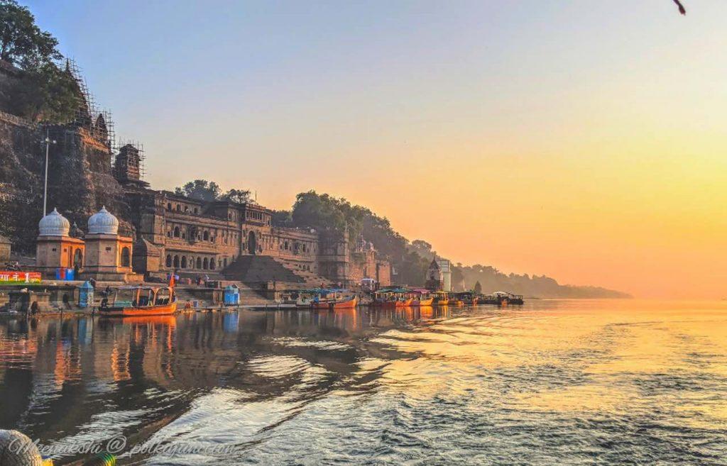 Maheshwar-Fort-Sunrise