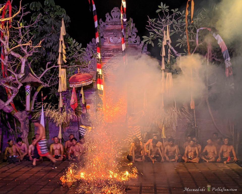 Fire-dance-Bali